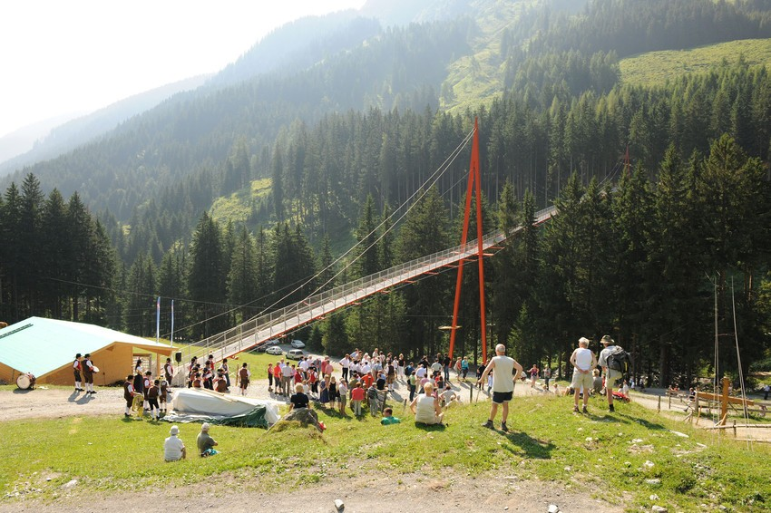 Golden Gate Bridge der Alpen in Saalbach-Hinterglemm